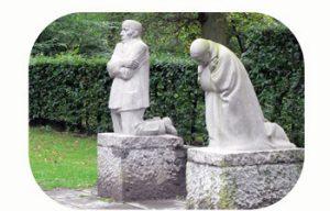 'Grieving parents' commemorates fallen son Peter Kollwitz. WW I. Belgium, Diksmuide, Vladslo. Part Tower of Babel, Art installation © Helena van Essen