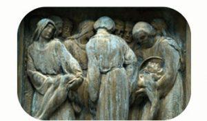 Bronzen wandpaneel, leven& dood in loopgraven. wo-I. Italië, Dolomieten, Cortina d'Ampezzo, Pocol. Onderdeel Toren van Babel, Kunstinstallatie ©Helena van Essen